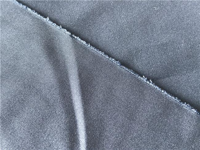 Poliester kain kepar ditenun Microfiber Fabrik Peach Plain dicelup 110 gsm