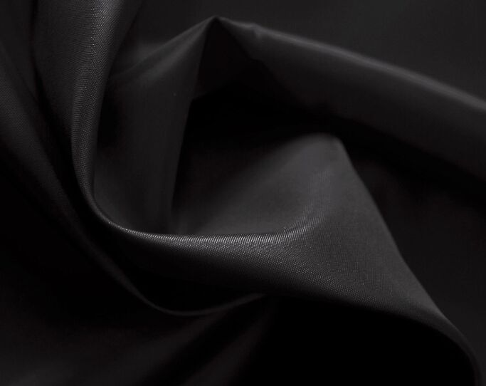 Polyester 230T Taffeta Fabric 64 gsm Plain Dyed