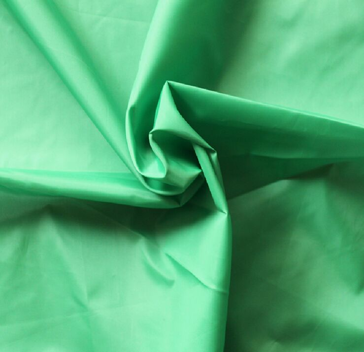 Polyester 310T 40D Taffeta Fabric 57 gsm Plain Dyed